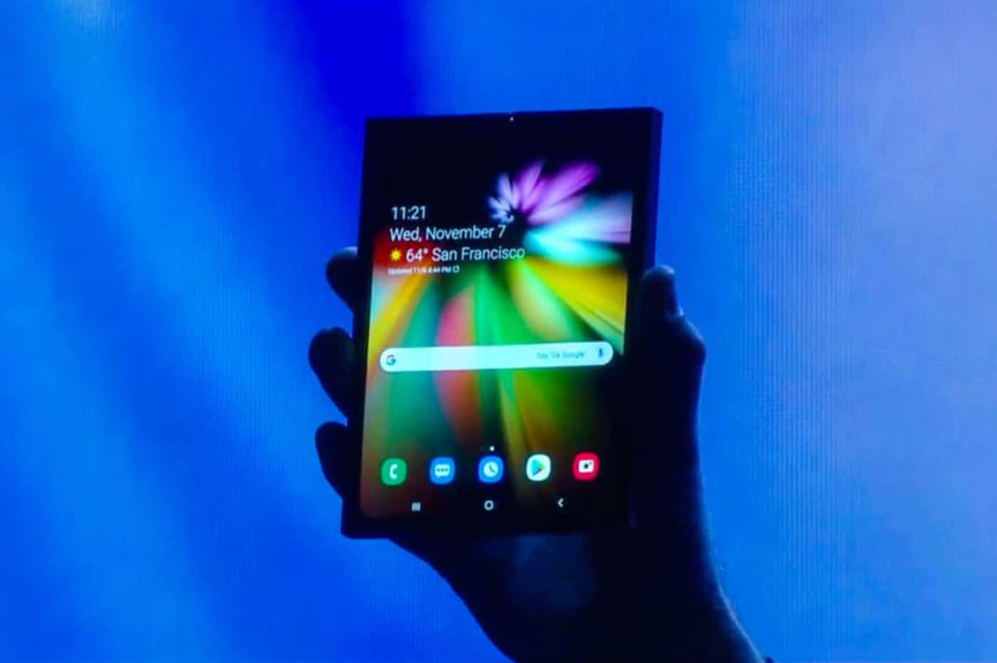 Présentation d'un écran flexible de Samsung